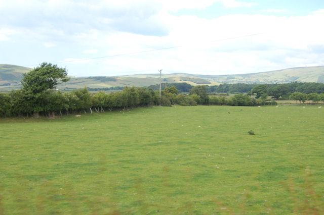 Pasture near Hen-dy