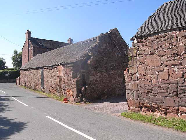 Barn and house at Forton