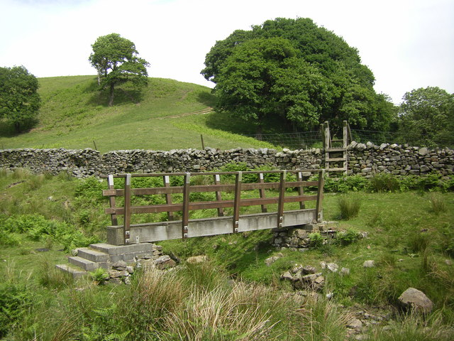 Footbridge over stream near Deep Clough