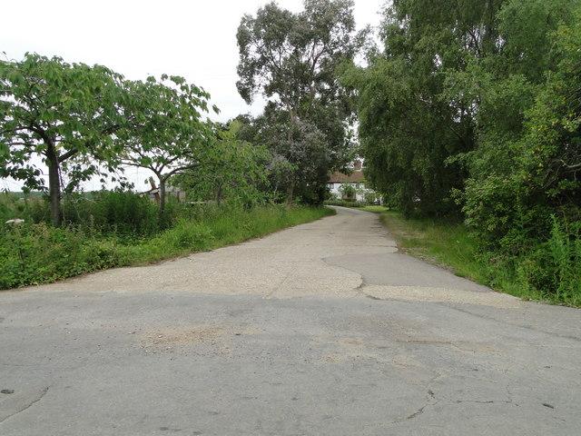 Entrance to Sayer's Farm, Henstead (Suffolk)