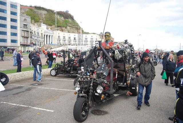 Monster motor trike