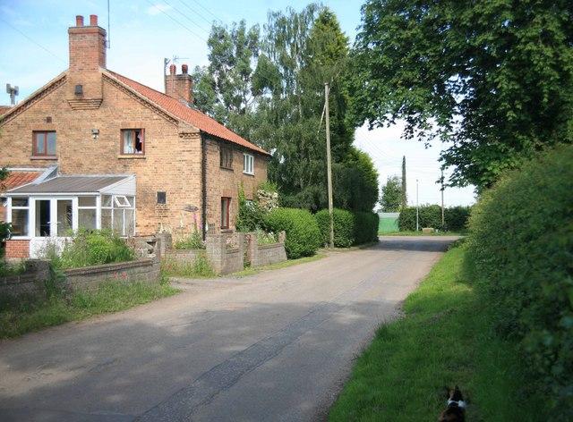 Low Marnham village