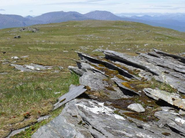 Summit ridge of Beinn Bhreac-liath looking north