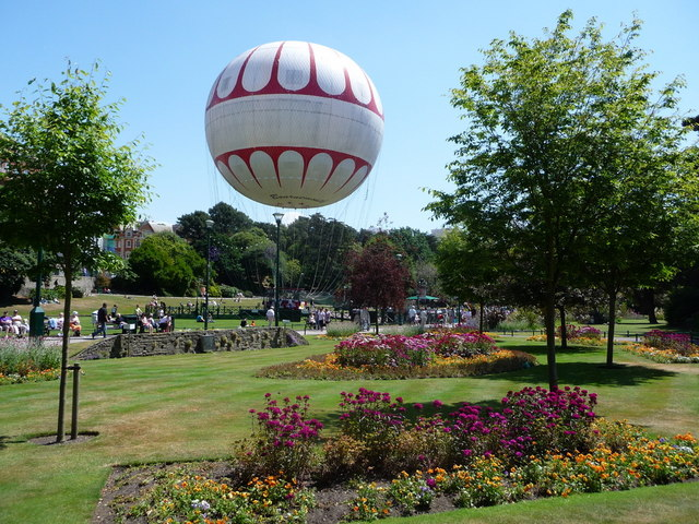 Bournemouth: Lower Gardens flowerbeds