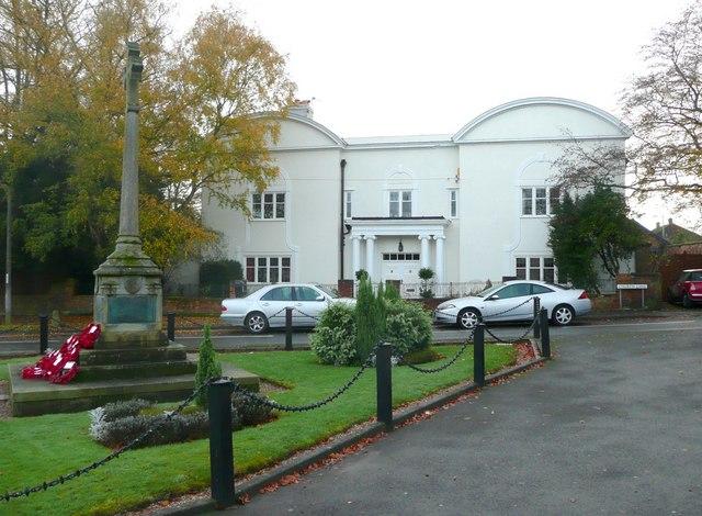 House opposite the war memorial, Barton under Needwood