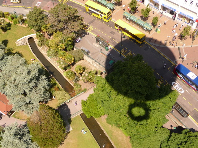 Bournemouth: balloon's shadow on the Gardens