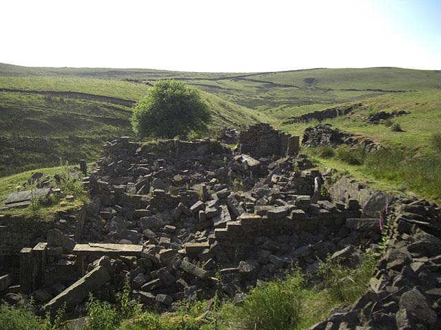 Ruined farmstead of Long Clough