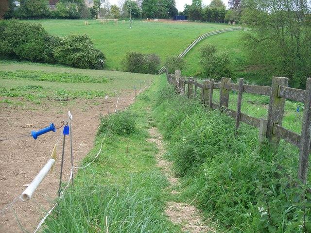 Footpath to Nash's Lane
