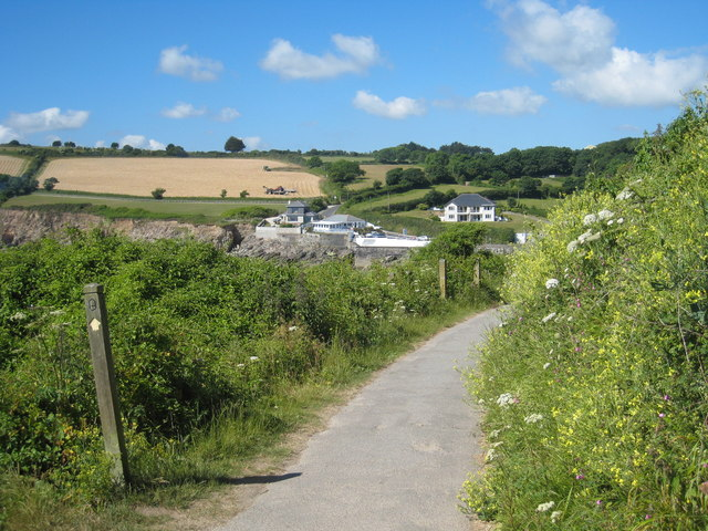 The coast path approaching Swanpool