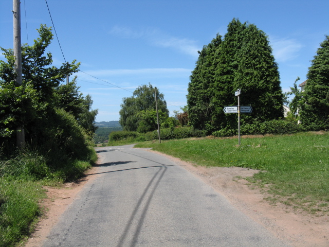 Rural junction near Battenton Farm