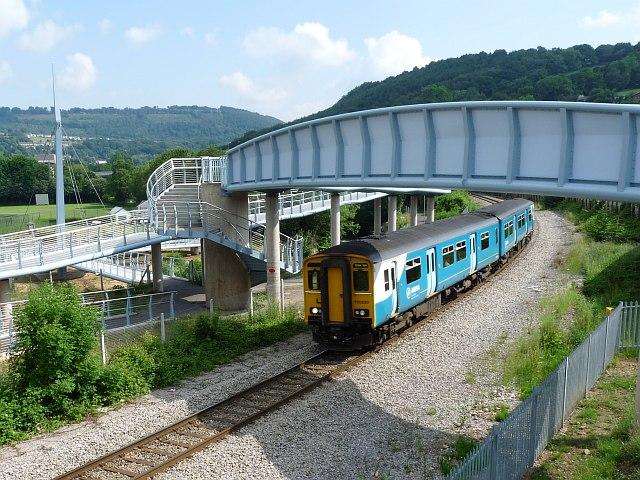 Train approaching Newbridge Station