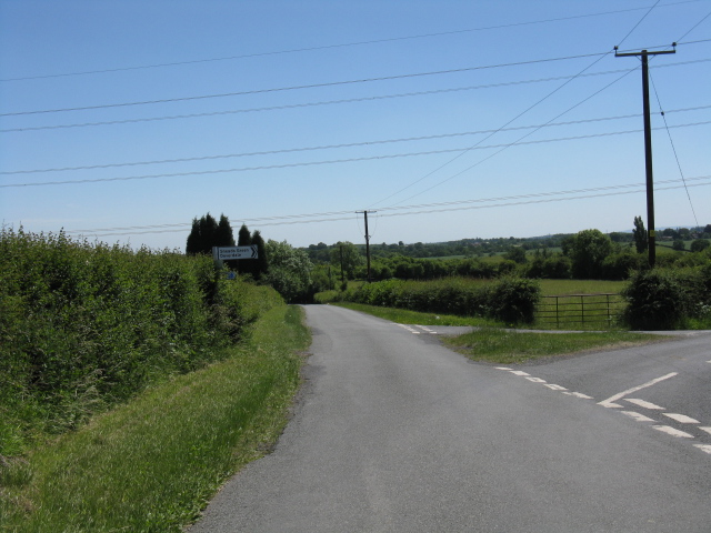 Lane junction south of Mountpleasant Farm