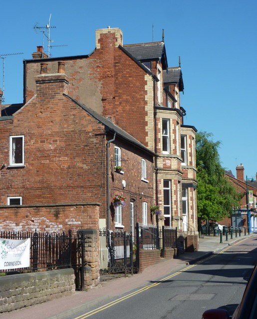 High Street, Edwinstowe