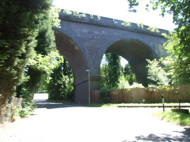 Railway arches over Churchill Lane, Blakedown
