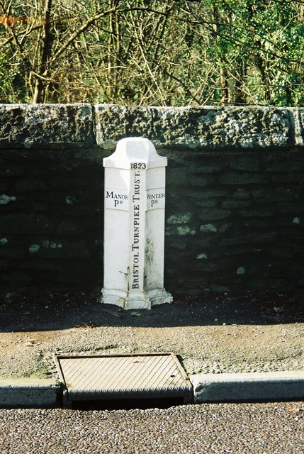 Turnpike boundary marker on Frenchay Bridge