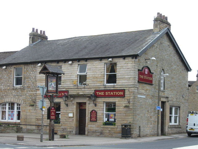 The Station, Caton