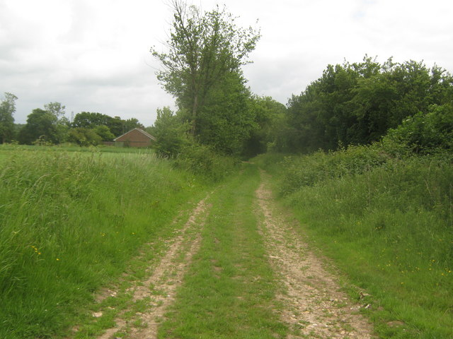 Bridleway to Eastleigh Court and Lower Courthope Farm