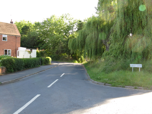 Cutnall Green - entrance to Elmley Close