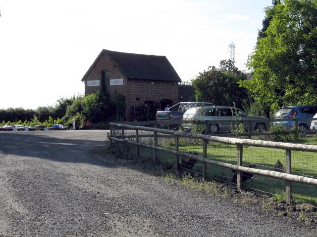 Garden centre near Cutnall Green