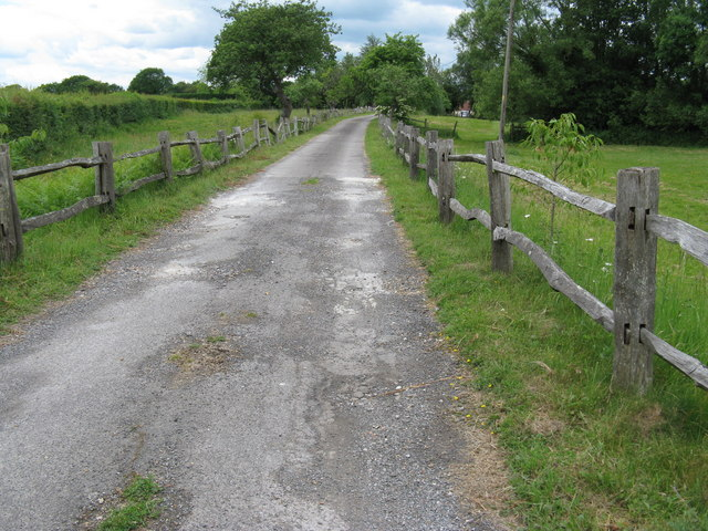 Farm road and path to Brook Lodge Farm