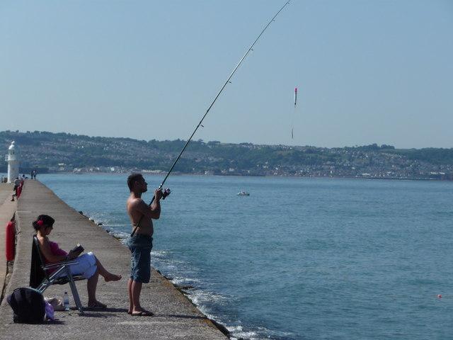 Brixham : Fishing on the Breakwater