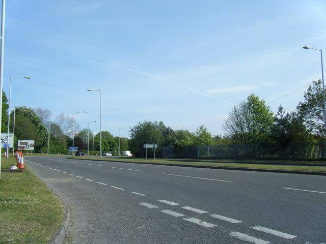 Mount Road from Brackenwood Road