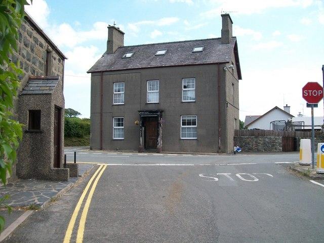 The former Farmer's Arms, Efailnewydd