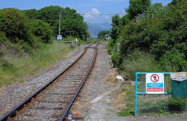 The Cambrian line just north of Llwyngwril station