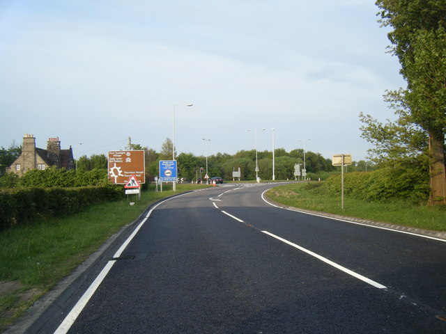 A5137 approaching M53 junction 4