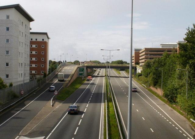 Access bridge to University Hospital of Wales, Cardiff