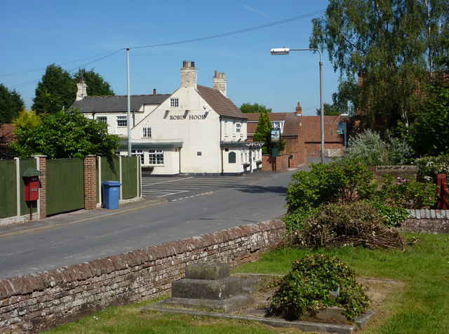 Elkesley village street from the churchyard