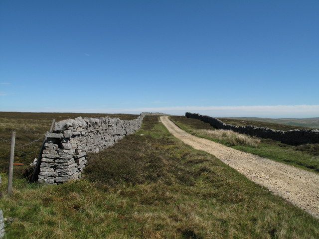Pennine Way Looking North