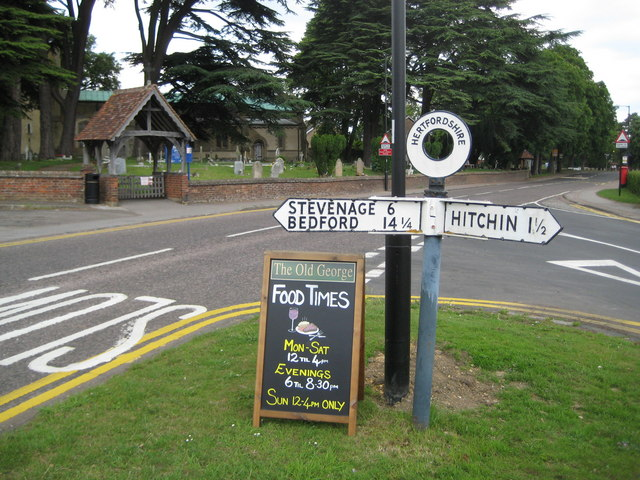 Ickleford: Pre-Worboys Report road sign