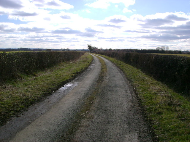 Aislaby  Lane  looking  south  toward  High  Carr