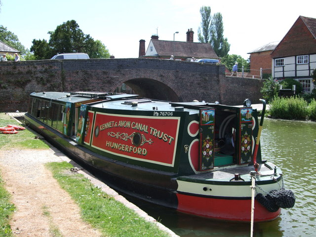 Rose of Hungerford Narrow boat