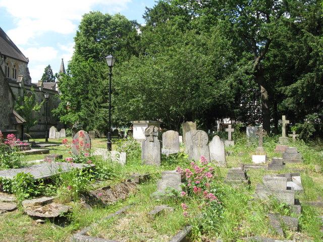 St. George's Church - churchyard (2)