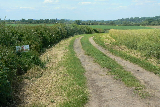 Farm track near Barn Farm