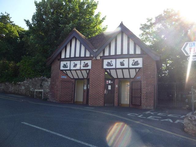 Dawlish : Barton Hill Public Toilets