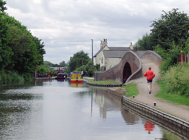 Above Glascote Top Lock at Tamworth, Staffordshire