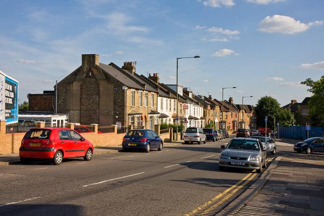 Station Road, West Hendon
