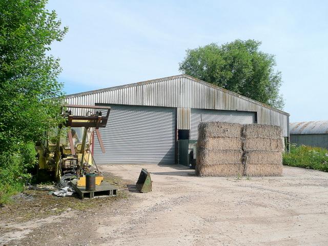 Barns near Bickerton Court 2
