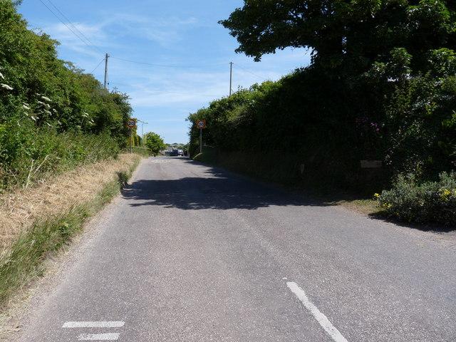 Approaching Georgeham on Frogstreet Hill