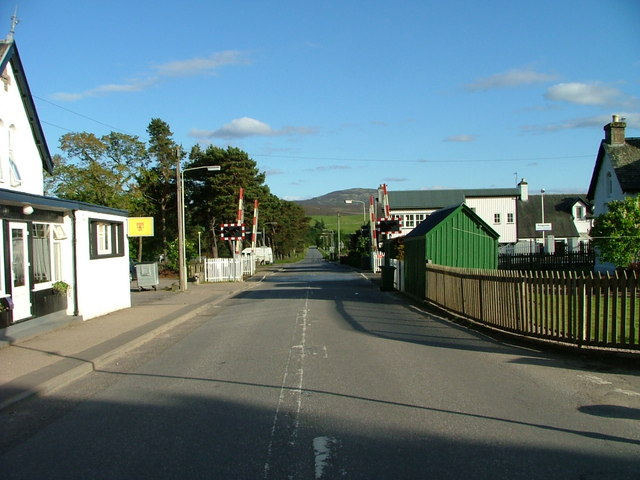 Level crossing on Ruthven road, Kingussie