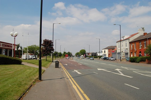 Hyde Road looking towards Manchester city centre