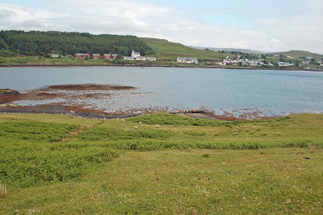 Shoreline at Uiginish