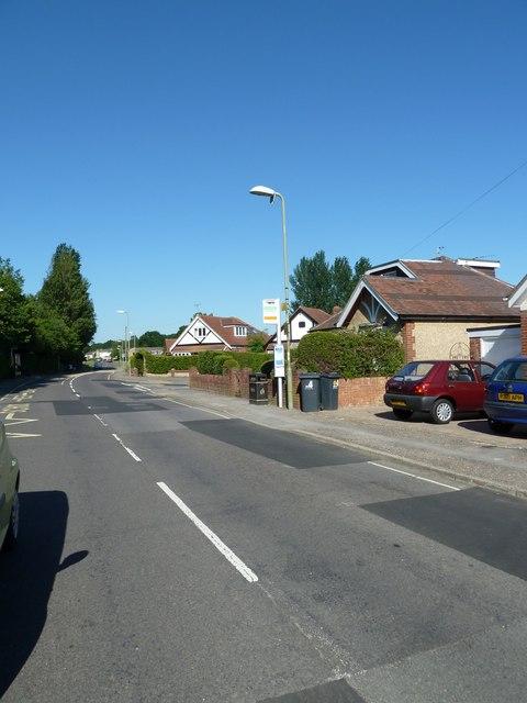 Aldermoor Road- bus stop