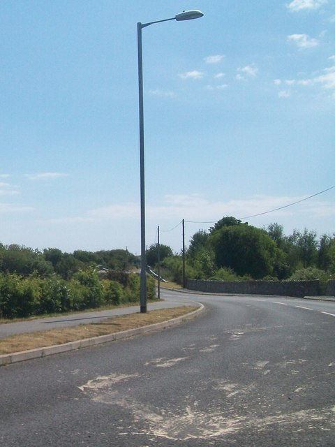 The road from the roundabout to Abererch Station