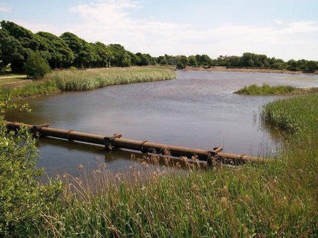 Pipebridge over Afon Rhyd-hir