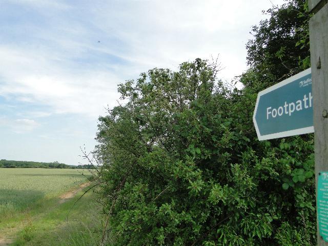 Footpath to Manor Farm