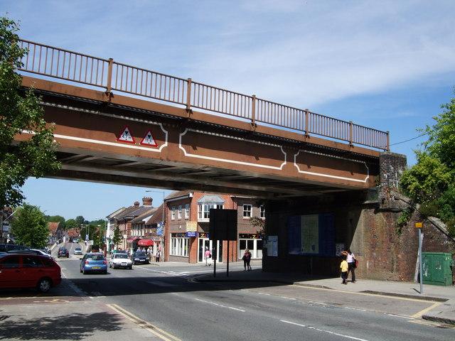 Rail Bridge over Hungerford High Street